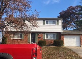 Pre Foreclosure in Cincinnati 45239 PAMELEEN CT - Property ID: 1314483644
