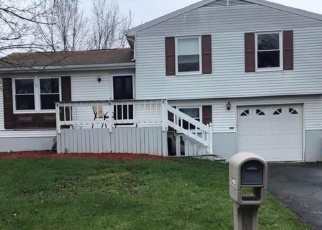 Pre Foreclosure in Liverpool 13090 TORREY LN - Property ID: 1314721904