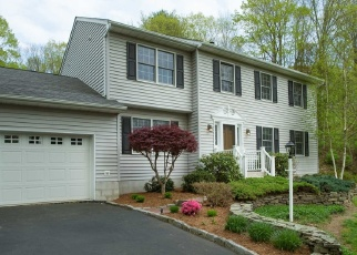 Pre Foreclosure in Pleasant Valley 12569 LAKESHORE DR - Property ID: 1314789336