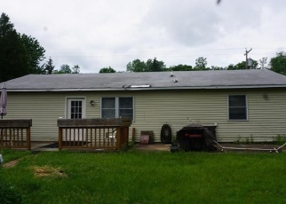 Pre Foreclosure in Brewerton 13029 MADISON AVE - Property ID: 1314822179