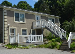 Pre Foreclosure in Poughquag 12570 BEACH RD - Property ID: 1314945703
