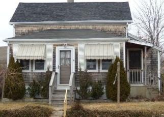 Pre Foreclosure in Fairhaven 02719 DANIEL ST - Property ID: 1315405571