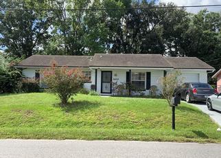 Pre Foreclosure in Orlando 32808 WD JUDGE DR - Property ID: 1316168974