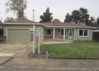 Pre Foreclosure in Lodi 95242 WESTWOOD AVE - Property ID: 1316492175