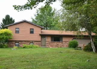 Pre Foreclosure in De Forest 53532 SUNNY WOOD DR - Property ID: 1316923590