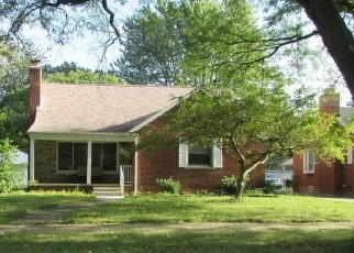 Pre Foreclosure in Harper Woods 48225 MANCHESTER BLVD - Property ID: 1316951173