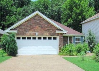 Pre Foreclosure in Memphis 38135 PINE OAK LN - Property ID: 1317237620