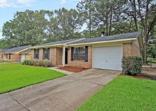 Pre Foreclosure in North Charleston 29420 GINGER LN - Property ID: 1317422888