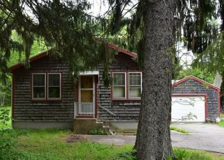 Pre Foreclosure in Middleboro 02346 WAREHAM ST - Property ID: 1317643618
