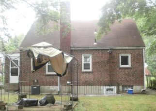 Pre Foreclosure in Cincinnati 45239 SUNDALE AVE - Property ID: 1318097358