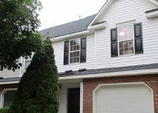 Pre Foreclosure in Greensboro 27410 HUDSON CIR - Property ID: 1318237958