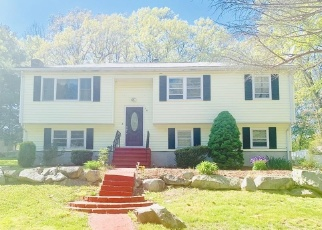 Pre Foreclosure in Randolph 02368 SHERWOOD AVE N - Property ID: 1318363202