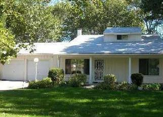 Pre Foreclosure in Coram 11727 SUN VALLEY DR - Property ID: 1318394749