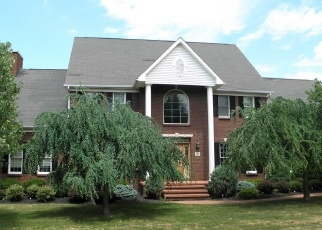 Pre Foreclosure in Orchard Park 14127 LAKERIDGE DR - Property ID: 1318497219