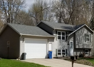 Pre Foreclosure in Owatonna 55060 BIGELOW AVE - Property ID: 1318897985