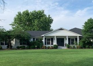 Pre Foreclosure in Lexington 40509 TODDS RD - Property ID: 1319234785