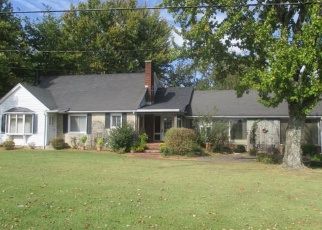 Pre Foreclosure in Jasper 47546 E STATE ROAD 164 - Property ID: 1319276827