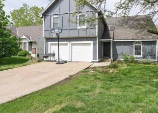 Pre Foreclosure in Overland Park 66210 W 112TH TER - Property ID: 1319310550