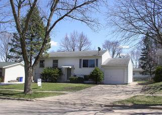Pre Foreclosure in Cedar Rapids 52404 CRESTRIDGE AVE SW - Property ID: 1319395962