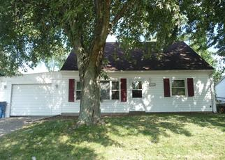 Pre Foreclosure in Valparaiso 46385 EAGLE CREEK RD - Property ID: 1319419154