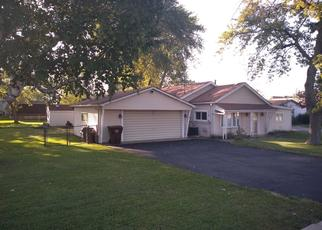 Pre Foreclosure in Oak Forest 60452 LARAMIE AVE - Property ID: 1319496688