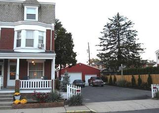 Pre Foreclosure in Reading 19608 PARK AVE - Property ID: 1320169860