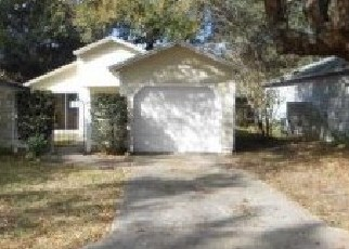 Pre Foreclosure in Apopka 32703 HARVARD PL - Property ID: 1320263581
