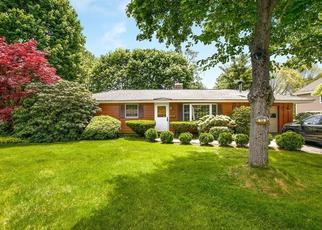 Pre Foreclosure in Peabody 01960 CURWEN RD - Property ID: 1320593370