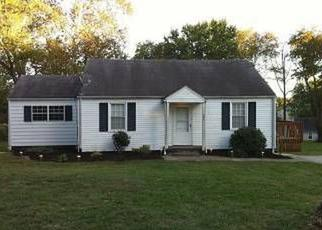 Pre Foreclosure in Knoxville 37912 N LAUREL CIR - Property ID: 1320891188