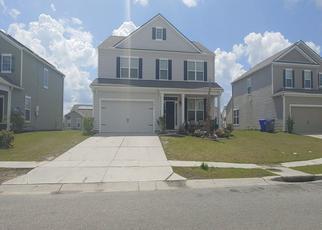Pre Foreclosure in North Charleston 29418 HIGH MAPLE CIR - Property ID: 1321006831