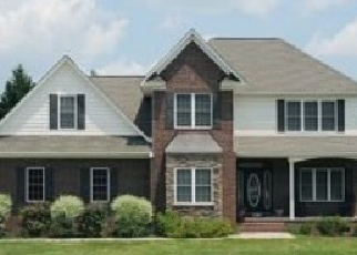 Pre Foreclosure in Hope Mills 28348 MAPLE GROVE CT - Property ID: 1321050173