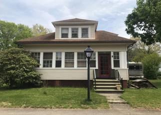 Pre Foreclosure in Barrington 02806 METROPOLITAN PARK DR - Property ID: 1321420705