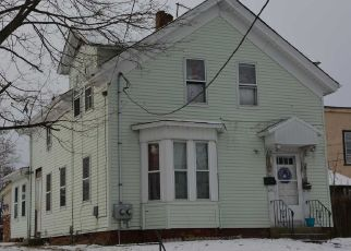 Pre Foreclosure in Central Falls 02863 LONSDALE AVE - Property ID: 1321423778