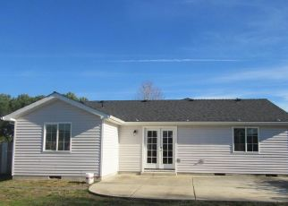 Pre Foreclosure in White City 97503 WILSON WAY - Property ID: 1321919557