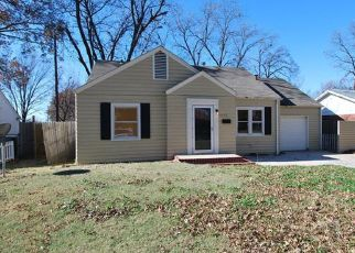Pre Foreclosure in Bartlesville 74003 S JOHNSTONE AVE - Property ID: 1321979561