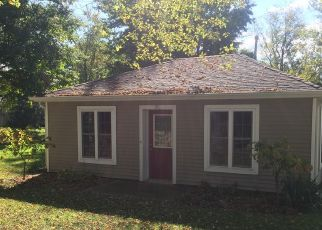 Pre Foreclosure in Syracuse 46567 EMS D25 LN - Property ID: 1322078545