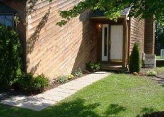 Pre Foreclosure in Liverpool 13088 COACHLIGHT LN - Property ID: 1322270821