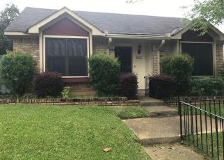 Pre Foreclosure in Mobile 36608 HIGHLAND CIR S - Property ID: 1322466141