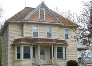 Pre Foreclosure in Brownton 55312 40TH ST - Property ID: 1322559436