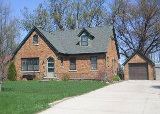 Pre Foreclosure in Fowlerville 48836 E GRAND RIVER AVE - Property ID: 1322588338
