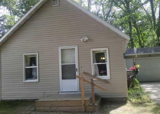 Pre Foreclosure in Muskegon 49442 S KENSINGTON ST - Property ID: 1322607166