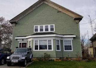 Pre Foreclosure in Fall River 02720 SCHOOL ST - Property ID: 1322780166