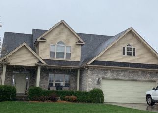 Pre Foreclosure in Sellersburg 47172 AUTUMN WAY - Property ID: 1322977257