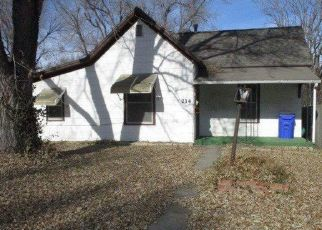 Pre Foreclosure in Junction City 66441 W WALNUT ST - Property ID: 1322992595