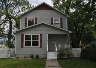 Pre Foreclosure in Topeka 66612 SE QUINCY ST - Property ID: 1322997860