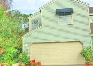 Pre Foreclosure in Neptune Beach 32266 SUNRISE CIR - Property ID: 1323107338