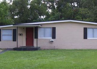 Pre Foreclosure in Jacksonville 32209 SPIREA ST - Property ID: 1323110405