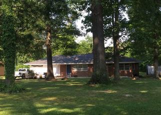 Pre Foreclosure in Dalton 30721 FAIRWAY DR - Property ID: 1323376702