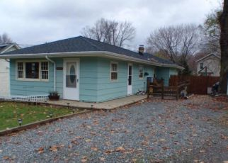 Pre Foreclosure in Budd Lake 07828 OUTLOOK AVE - Property ID: 1323792330
