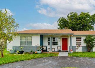 Pre Foreclosure in Pompano Beach 33068 SW 79TH AVE - Property ID: 1323938618